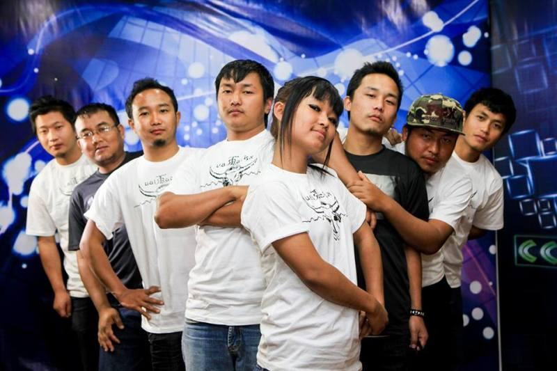 Triau Trackx Members x